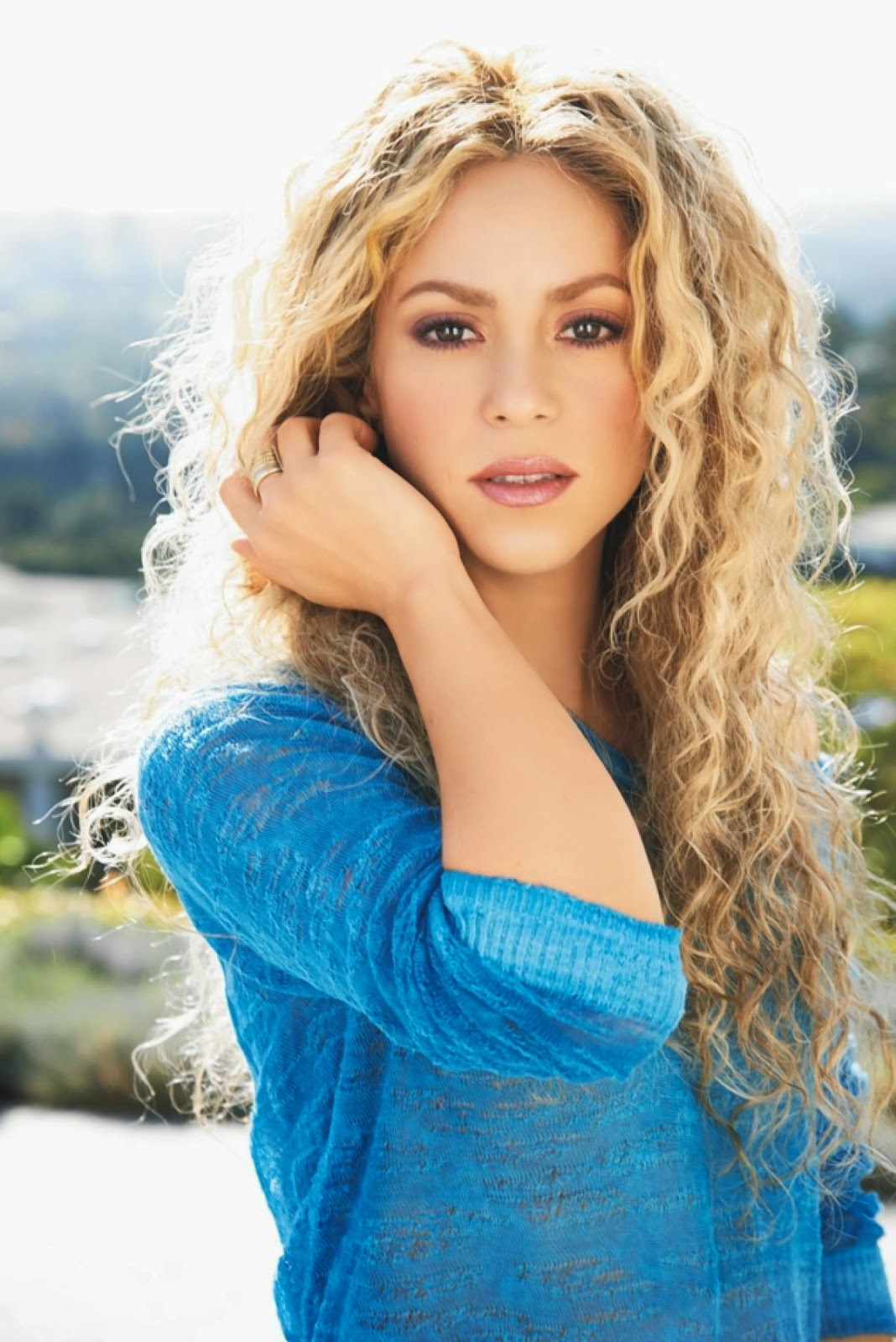 the life and musical career of latin girl shakira Music 106: final : people study guide by  jefferson was living the typical life of a traveling  fiddler from east texas whose musical career ran from the.