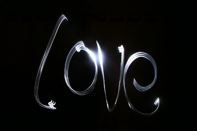 light, photo, photograph, love, valentines, 14th february, torch, slow shutter speed<br />