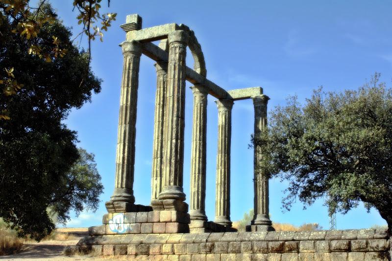 Maricruzpe a bohonal de ibor columnata de los m rmoles for Que son los marmoles
