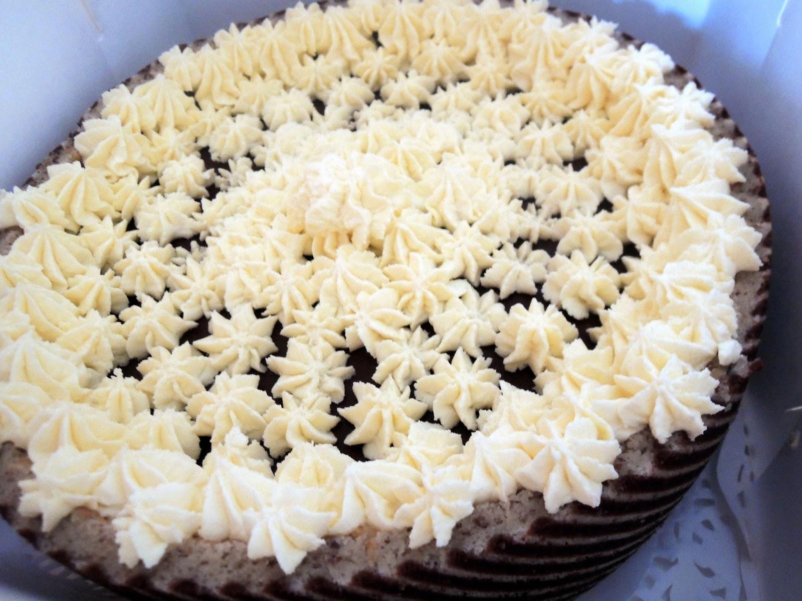 Around the World - in favorite recipes: Joconde Cake with Hazelnuts