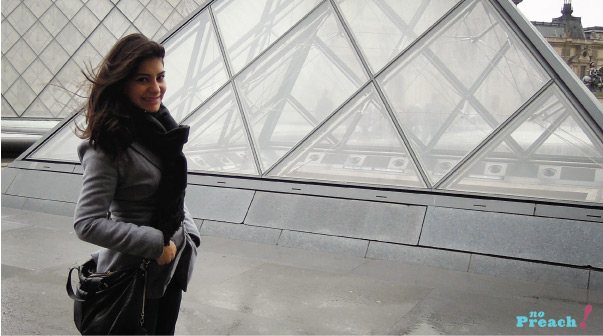 Bárbara Urias - Museu do Louvre - Paris - França