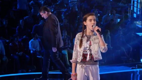 Lorenzo y Carla cantan Melodía desencadenada