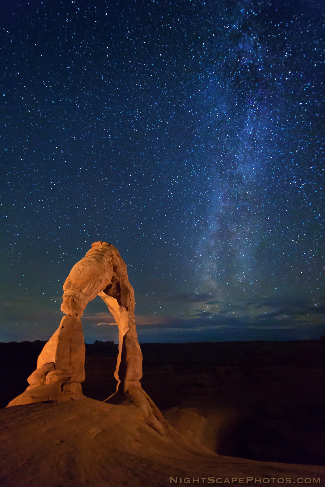 Into the night photography light painting delicate arch