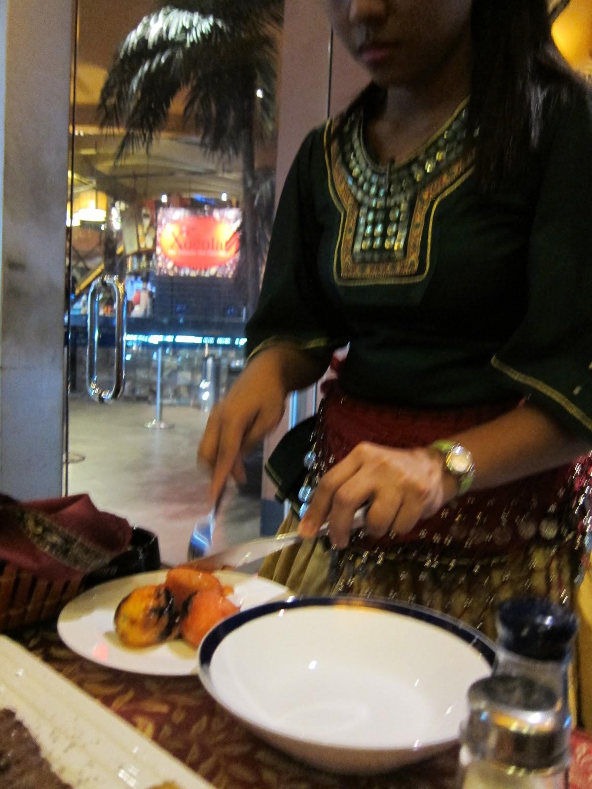 A cup of jos 39 arya persian restaurant for Arya authentic persian cuisine