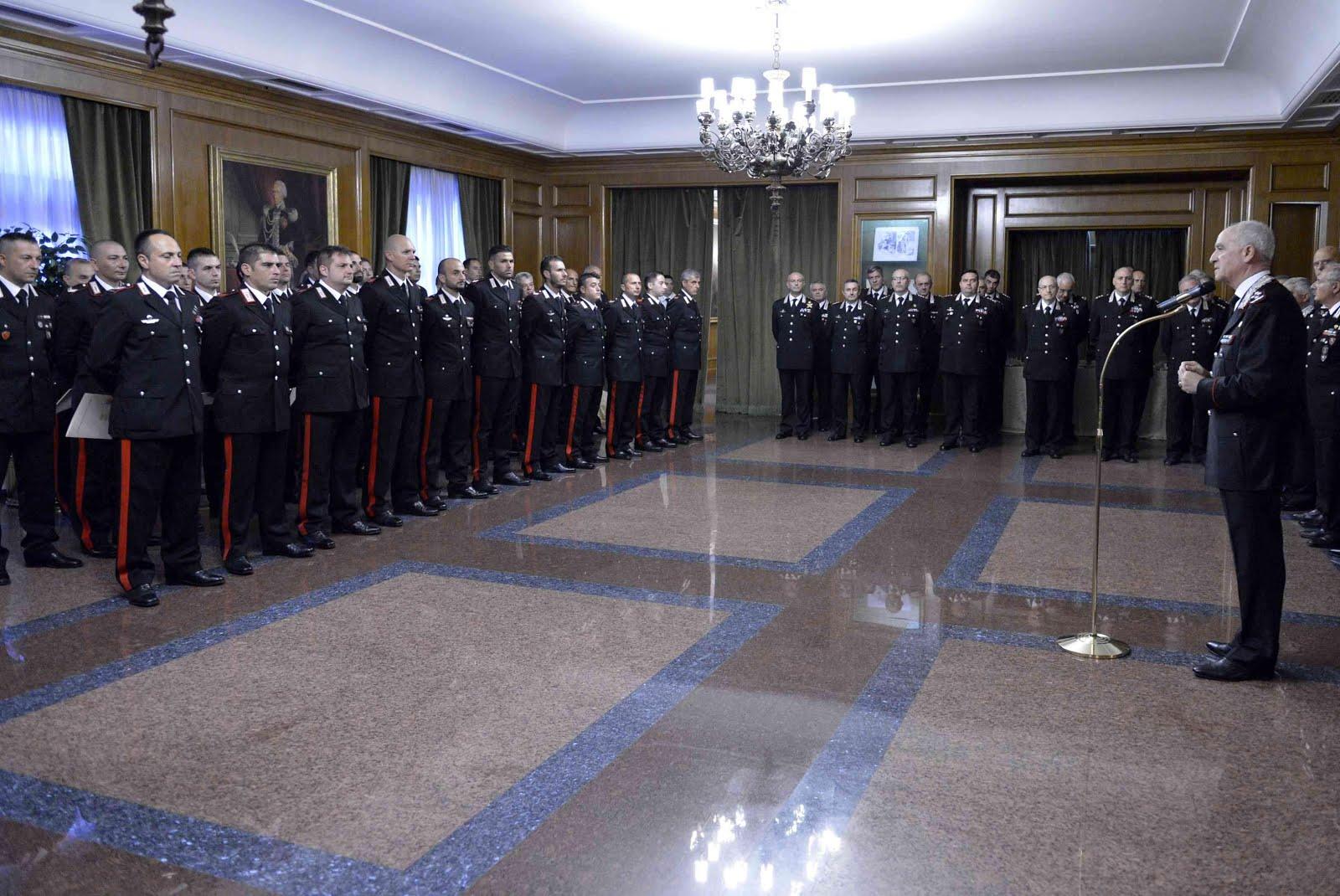 I Carabinieri incontrano il Gen De Sette