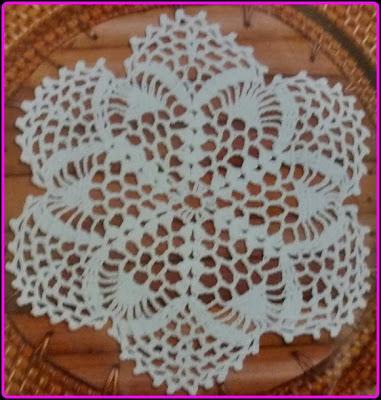 Toalhinha/Guardanapo de crochê com gráfico