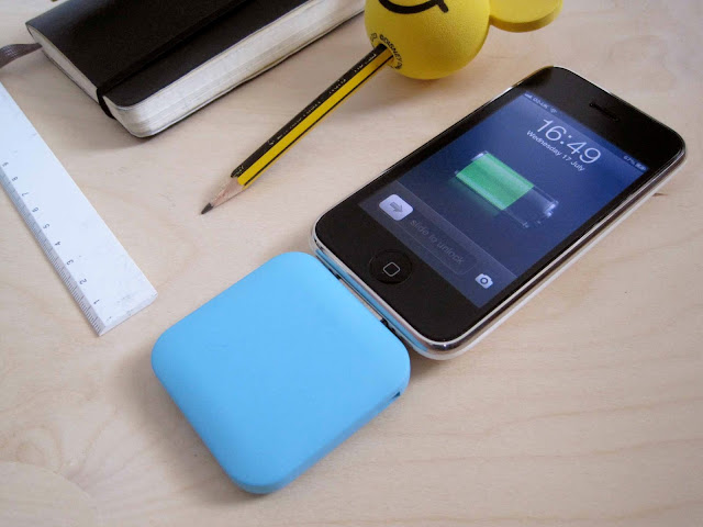j crew clothing, j crew apple iphone backup charger, backup iphone battery charger, j crew tech, iphone gadgets, best iphone gadgets, school pencil, car ariel topper, iphone 3gs