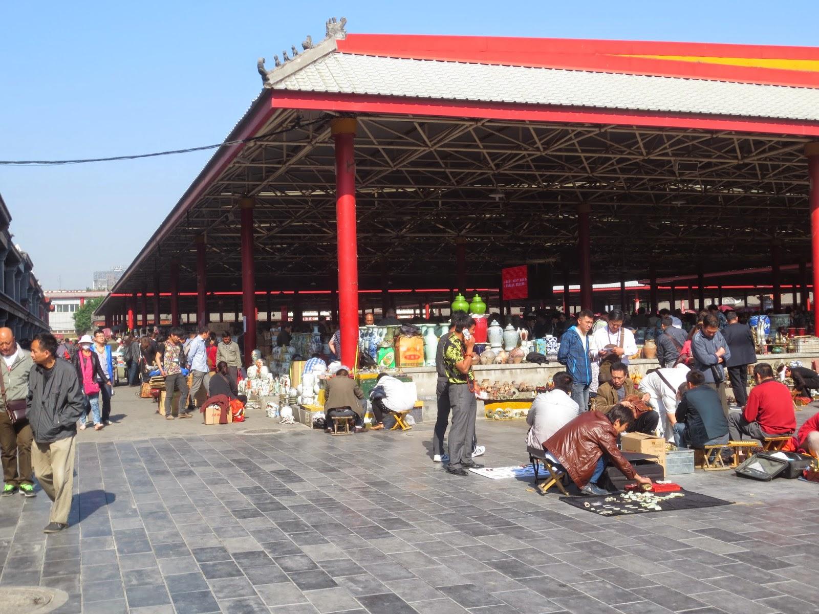 Panjiayuan Market Stalls Beijing