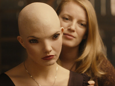 Splice the movie Sarah Polley Sarah Polley   Splice (2009) The mad scientist genre has finally found its ...