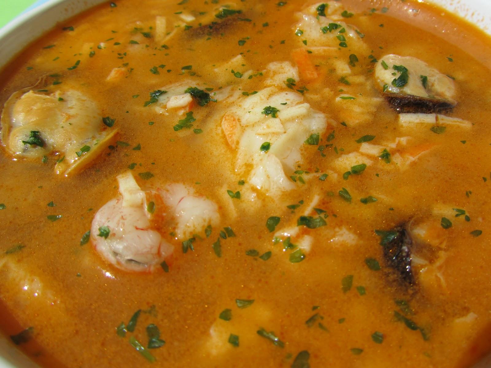 Sopa de pescado r pida y econ mica - Sopa de marisco y pescado ...