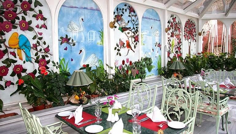 Bu Bahçede Cenneti Yaşayın / Yeşil Ev Sultanahmet