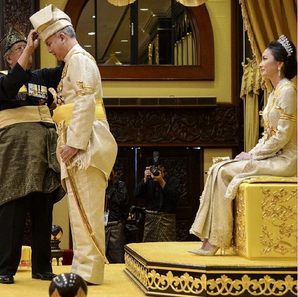 Himpunan Gambar Menarik Istiadat Pertabalan DYMM Paduka Seri Sultan Perak Ke 35