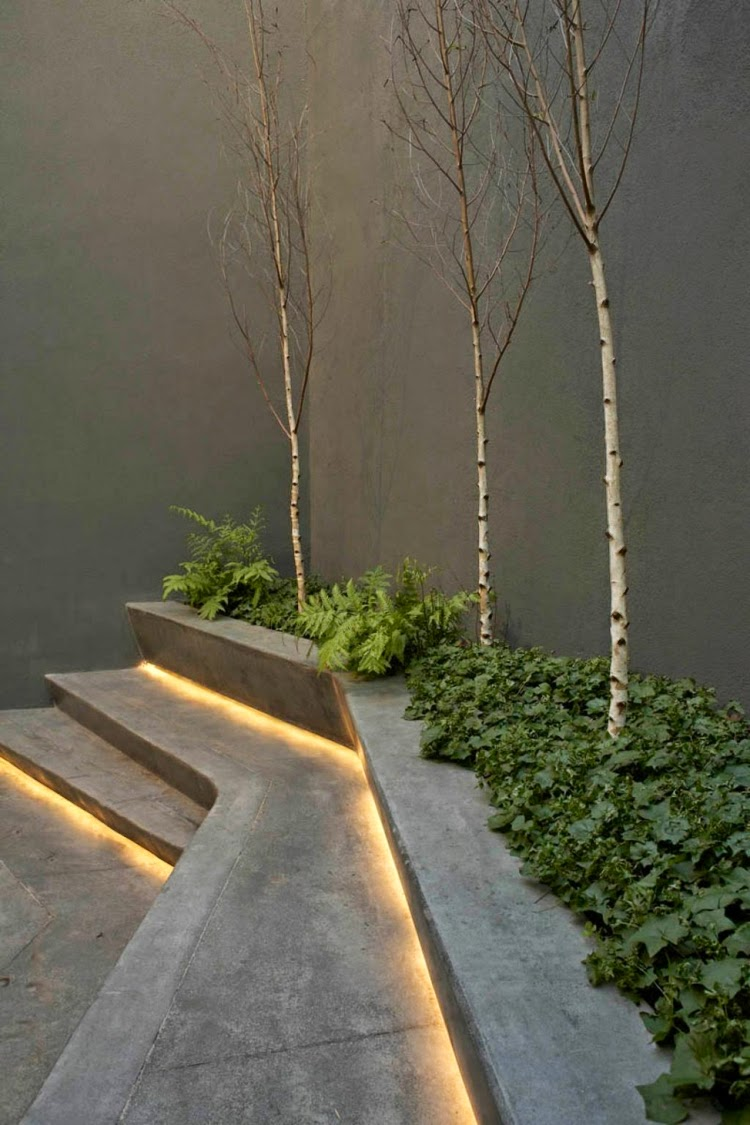 Led Lights On Steps Led Garden Lighting Ideas