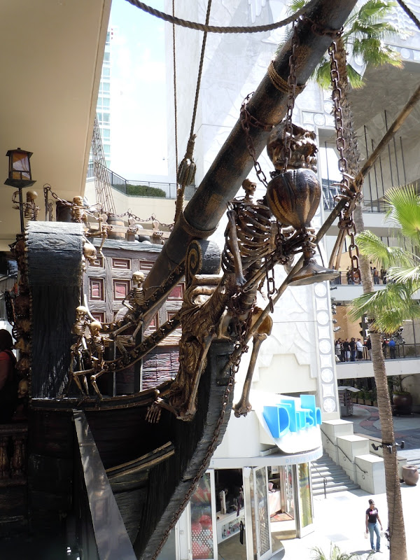 Disney pirate ship figurehead
