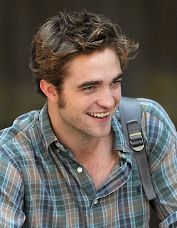 Information Robert Pattinson on Robert Pattinson In Casual Dress Chicago Robert Pattinson S Forth