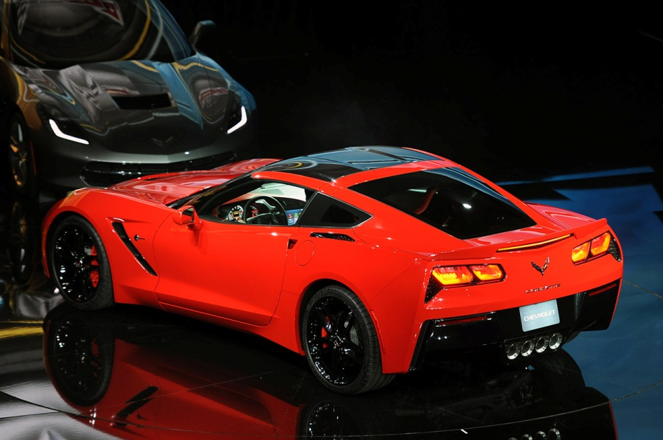 2014-chevrolet-corvette-stingray-live-photos-2013-detroit  3  jpgCorvette Stingray 2014 Orange