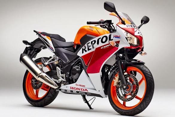 Tampilan Motor Honda CBR250R Edisi Juara MotoGP 2015