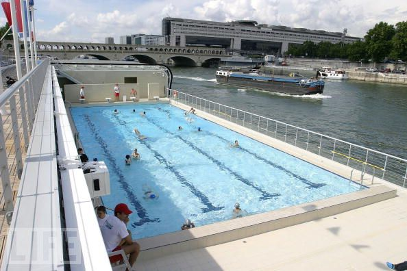 swimming paris piscine deligny and piscine jos phine baker On piscine josephine baker