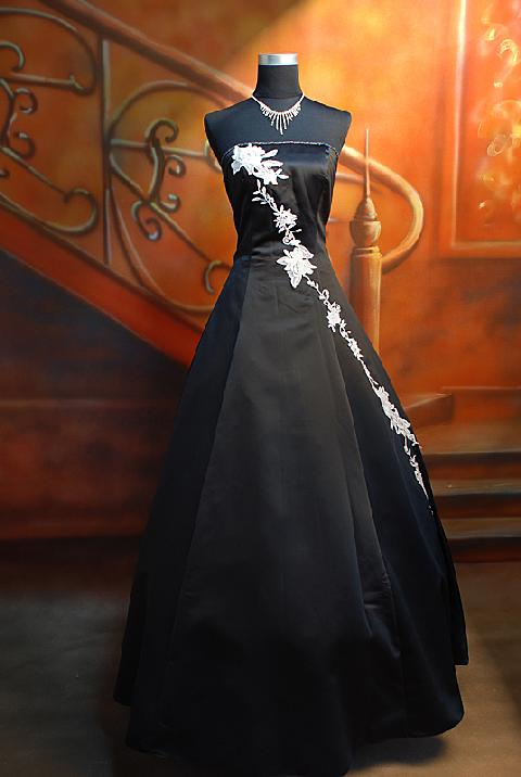 Floral Gothic Wedding Dresses Black Strapless