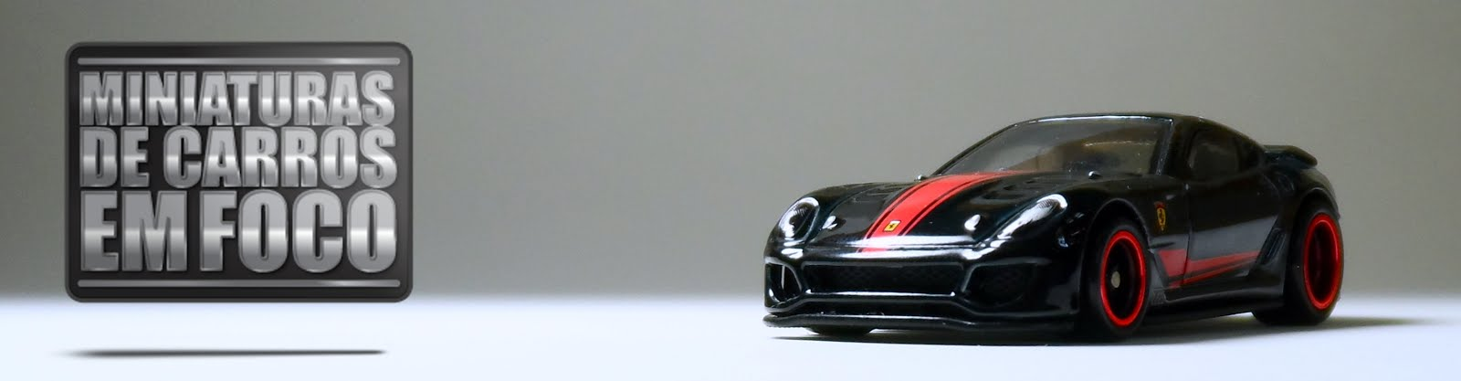 Miniaturas de Carros em Foco