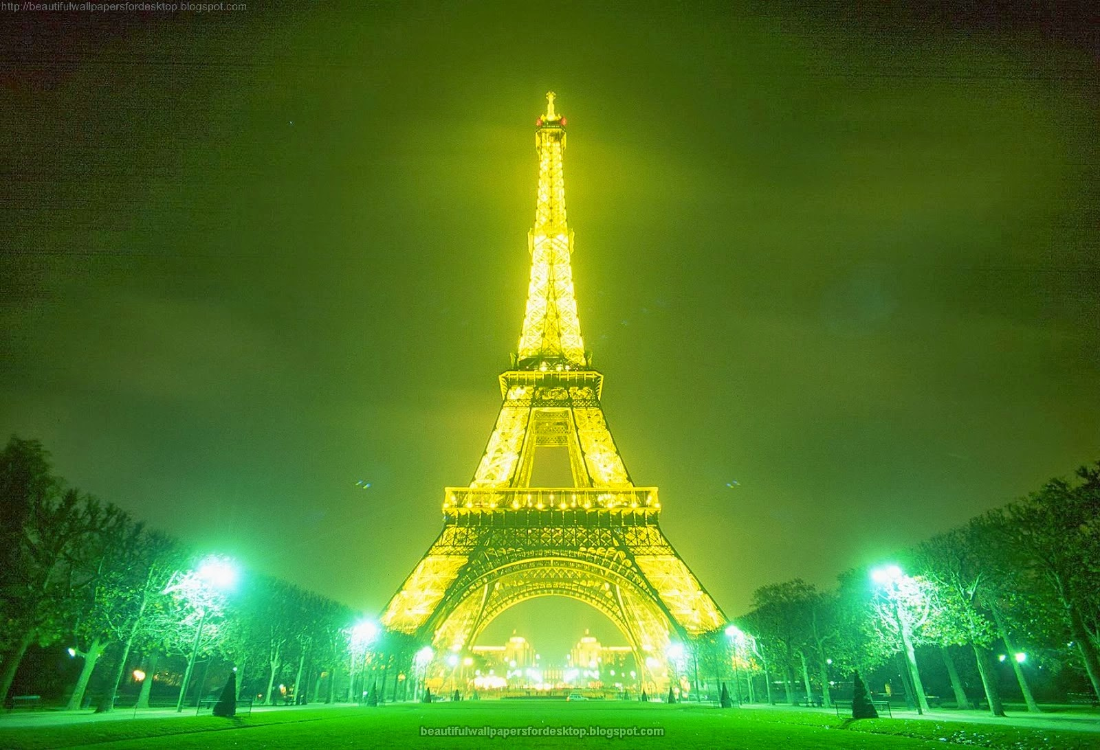 Eiffel Tower Wallpaper For Walls New Auto Wallpapers