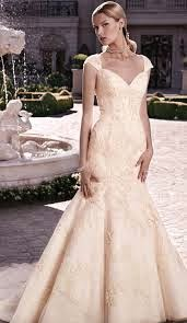 Bí quyết chon váy cưới dành cho những cô dâu người dây 6