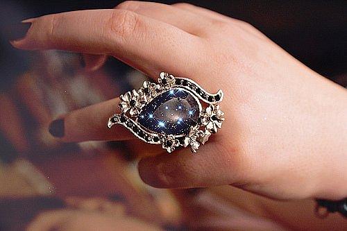 Во сне видеть кольца на своих руках