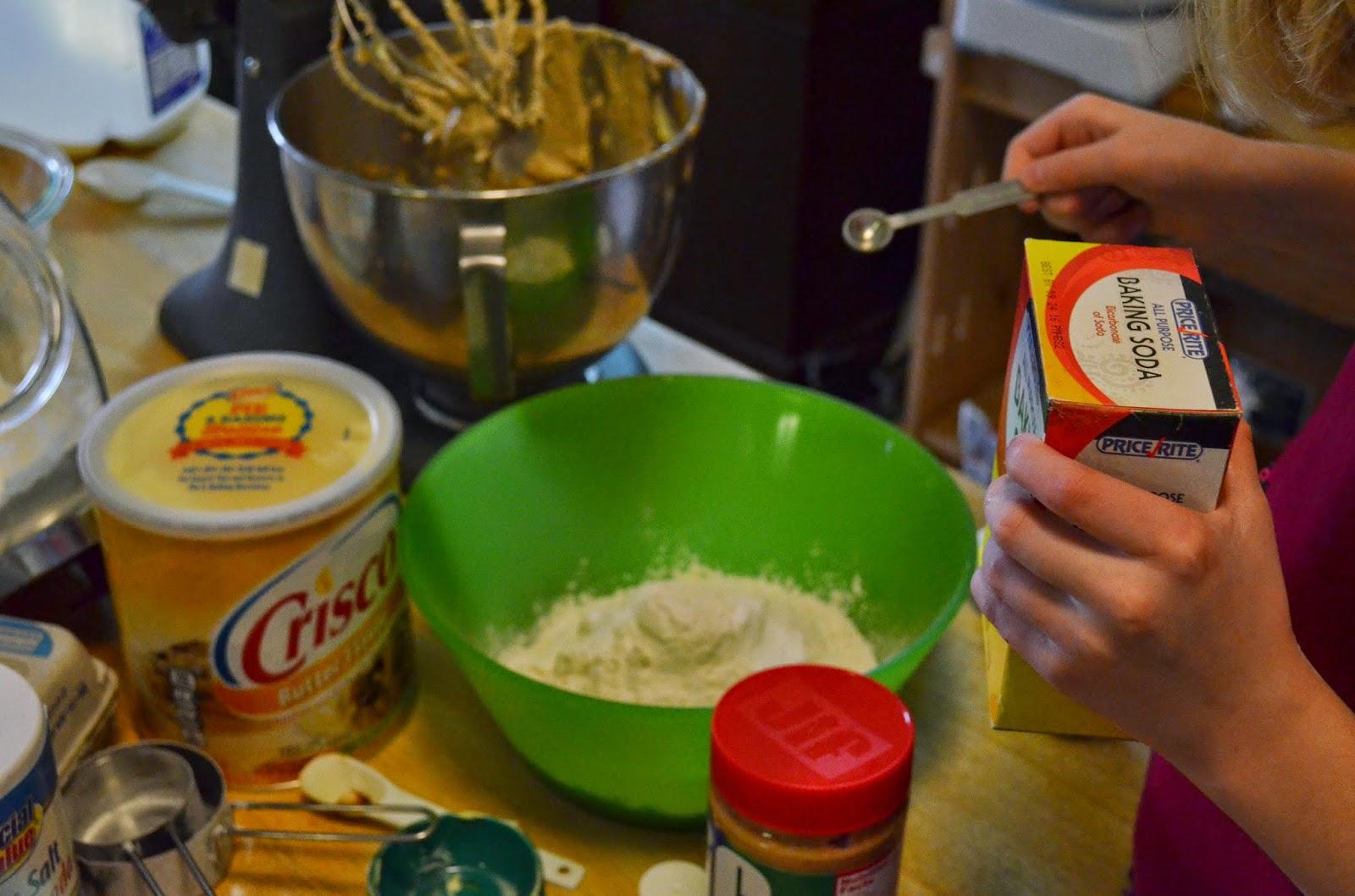Peanut Butter Criss Cross Cookies- my grandma's recipe! #HolidayAdvantEdge #ad #recipe #cookies