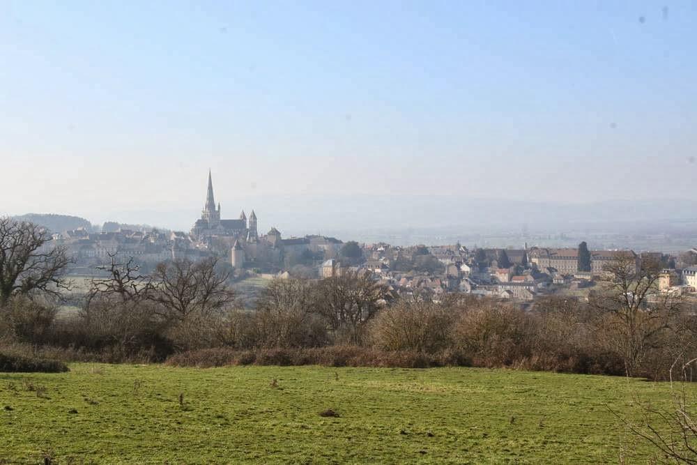 De stad Autun in Bourgondië, Frankrijk