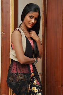 Prashanthi at affair press meet 008.jpg