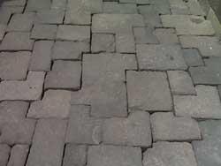 lantai batu borobudur