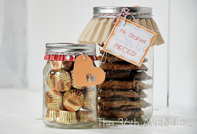 cookies gift in a jar, number 5 on list of christmas gifts under $5