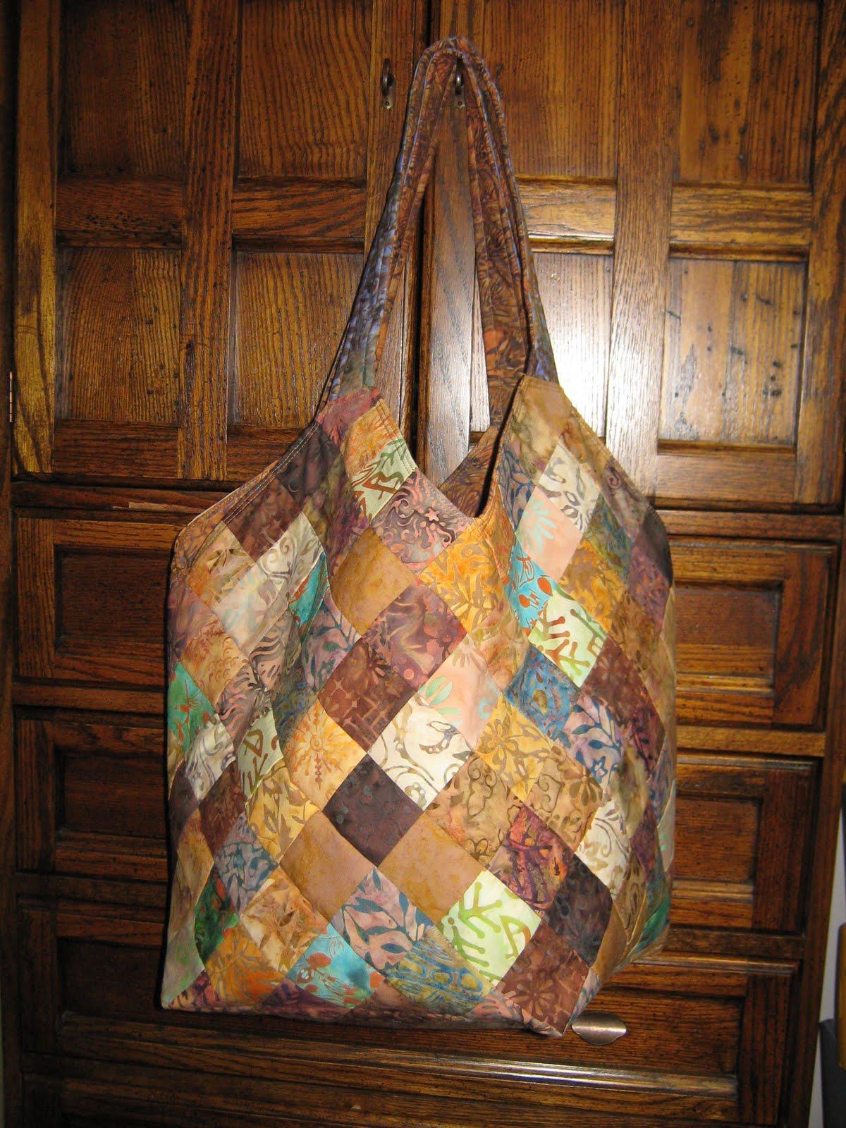 Sherry Quilts Mondo Bag