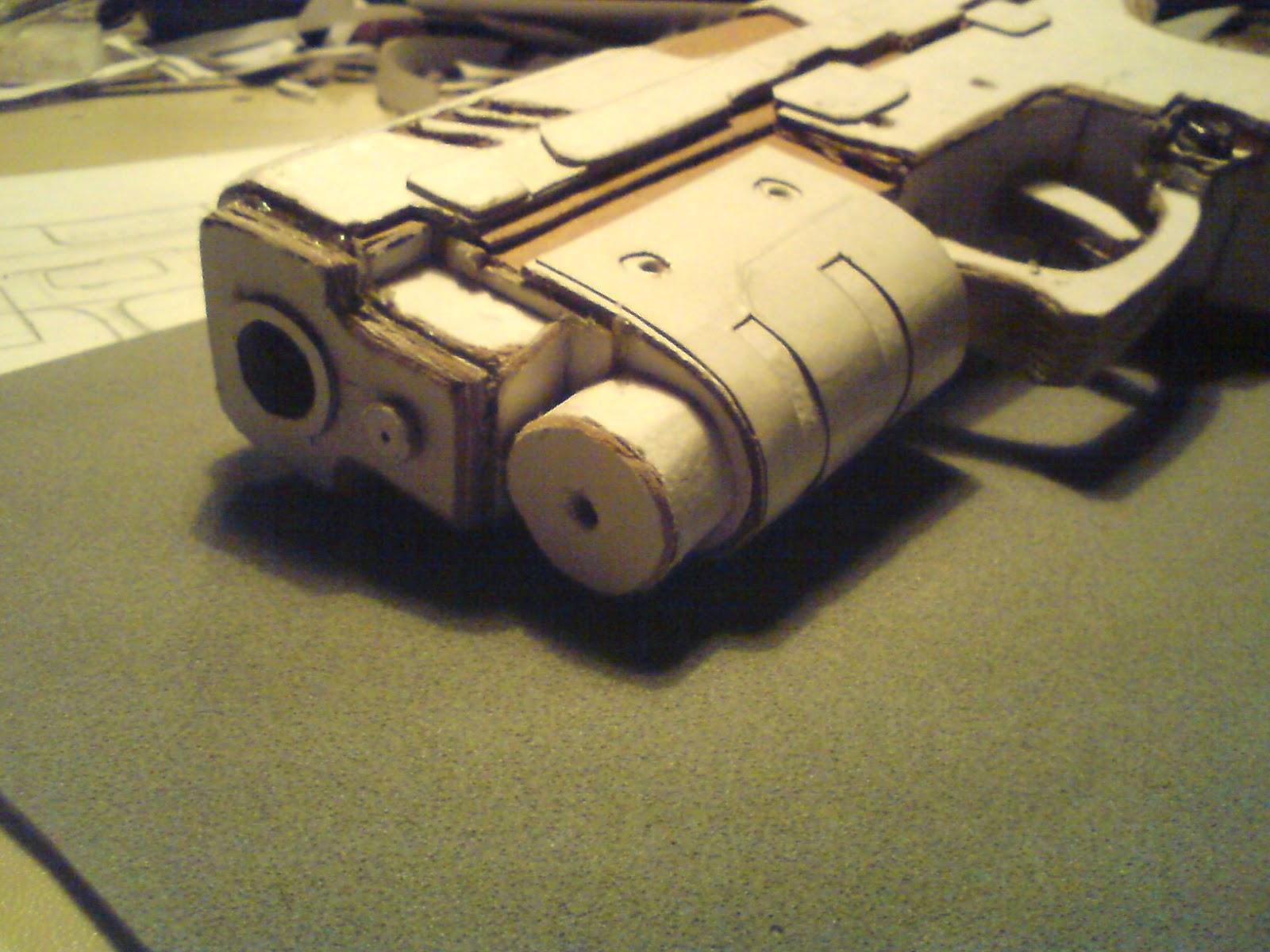 Pistola Blacktail - Resident Evil DSC04448
