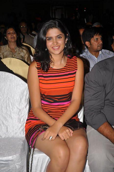 tamil cinema news tamil actress deeksha seth in party
