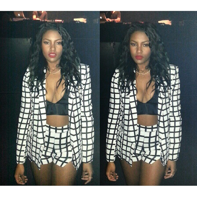 Missguided Lea monochrome checked blazer Missguided Motyla monochrome checked hight waist shorts glamorousgia