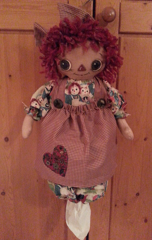 Raggedy Annie Tissue/Bag Holder