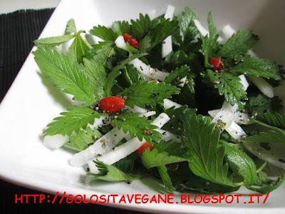 bacche di goji, Contorni, daikon, erbe spontanee, gomasio, insalata, limoni, potentilla, ricette vegan,