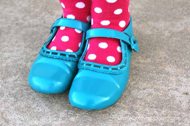 craft whatever spray painted girls shoes. Black Bedroom Furniture Sets. Home Design Ideas