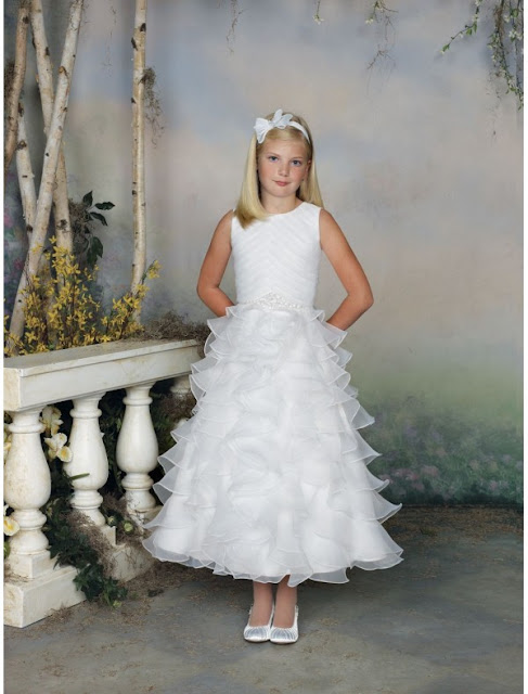 white flower girls dresses