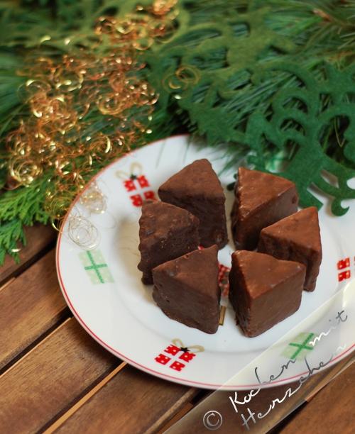 Weihnachtsbäckerei - Baumkuchenspitzen
