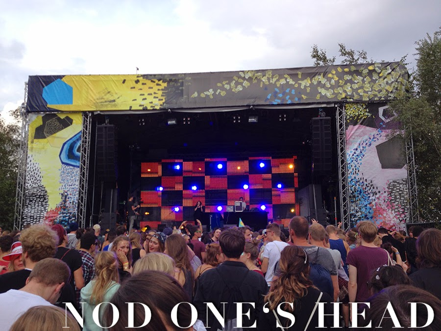 Dockville Nod One's Head