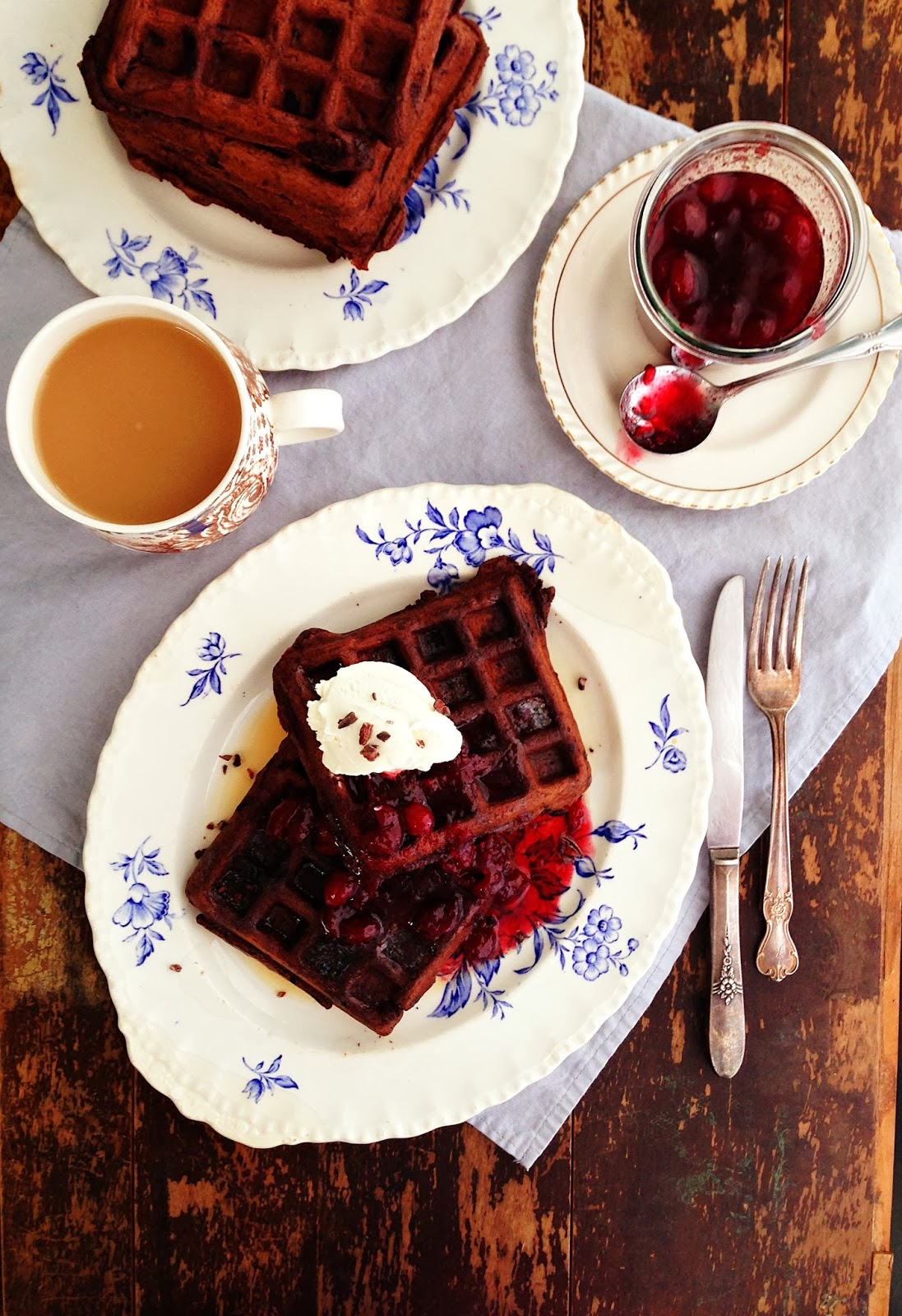 sweetsugarbean: Dark Chocolate Waffles & Oscar Talk