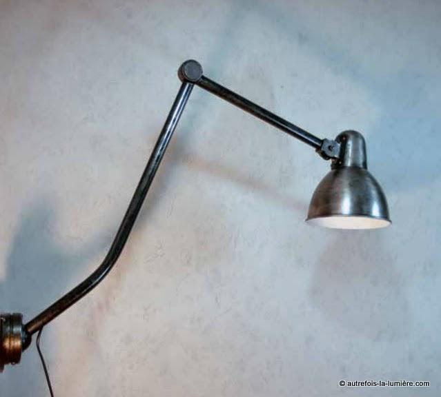 http://www.autrefois-la-lumiere.com/2014/05/applique-industrielle-resistex.html