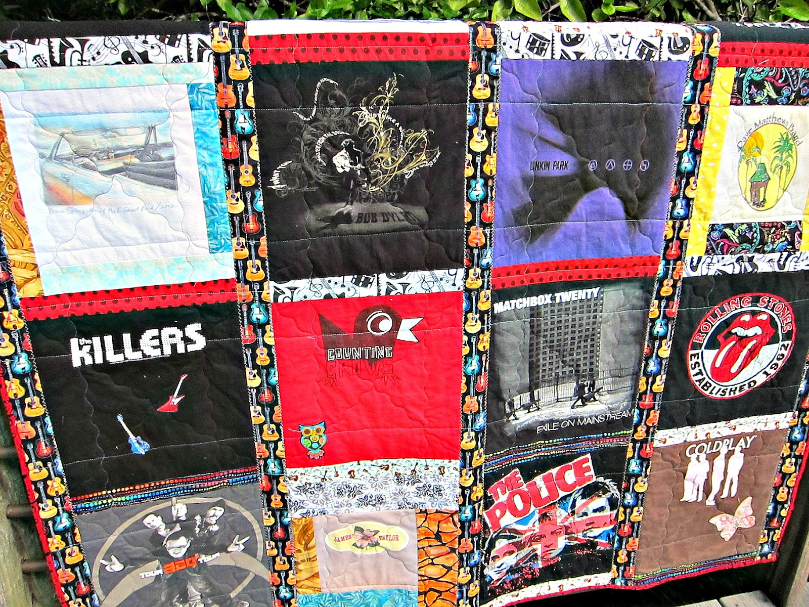 T-shirt quilt design instructions - A Lot Of Tutorials For T Shirt Quilts That I Ve Read Don T Give Any Instructions For Quilting Other Than Take It To The Longarm Quilter