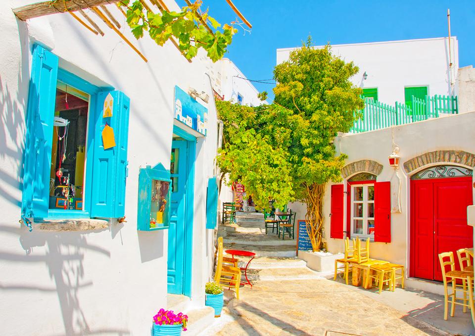 جزيرة أمورجوس اليونان