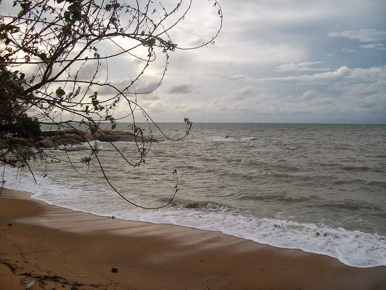 Wisata Pasir Pendek KalBar