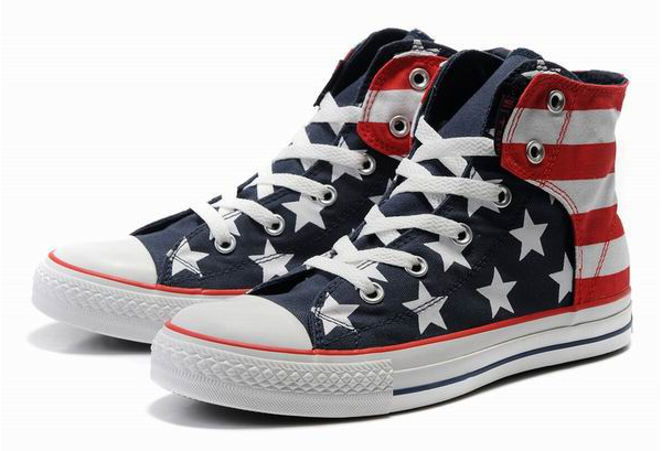 Converse ALL Stars USA Flag on www.designandfashionrecipes.com by Cristina Dal Monte