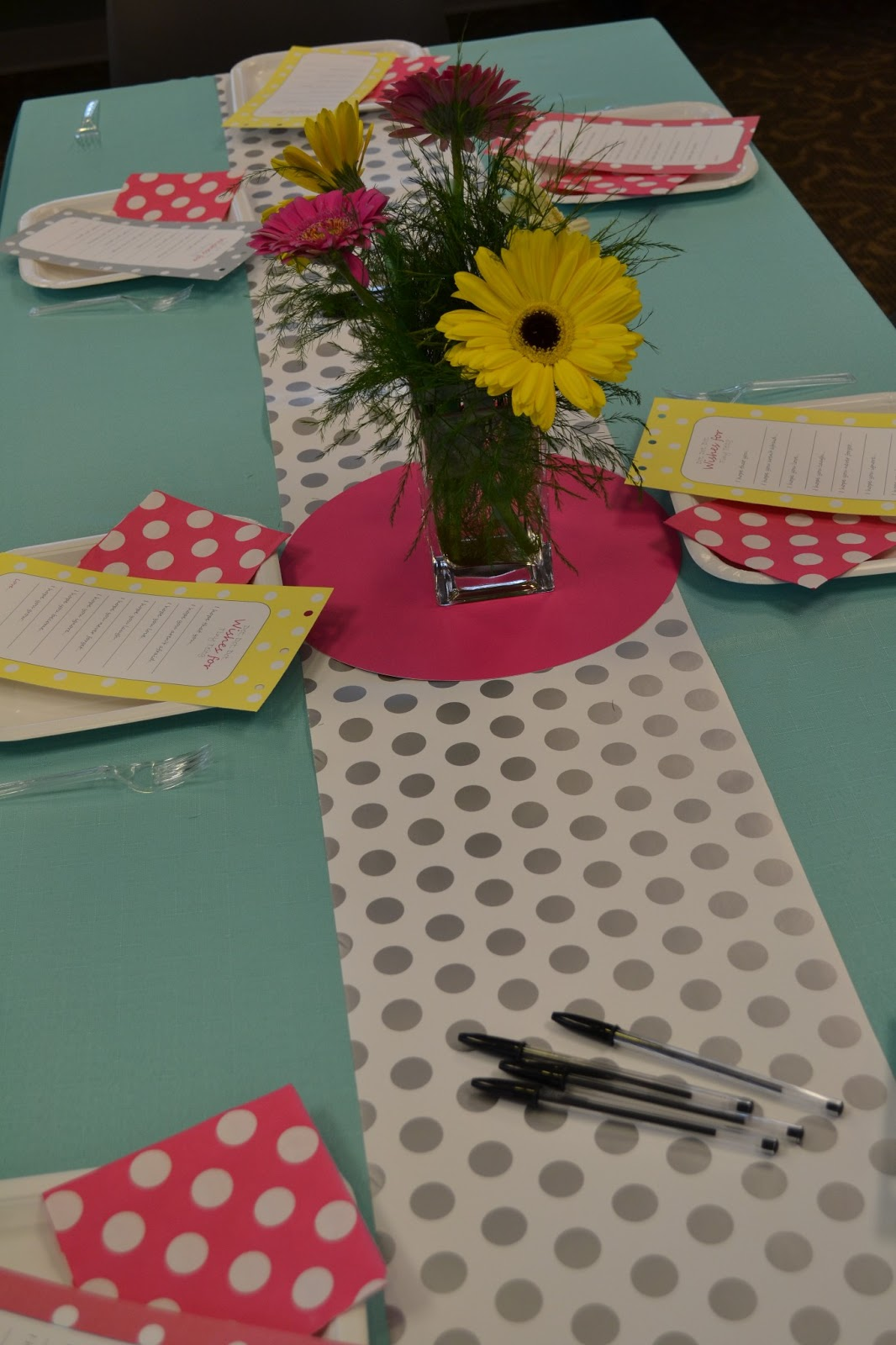 details polka dot baby shower