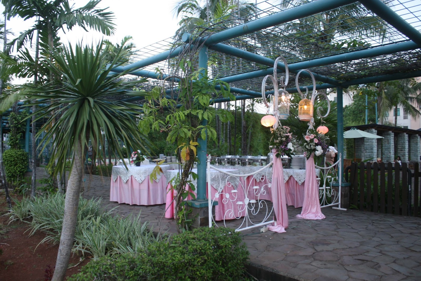 Wedding decoration murah di jakarta choice image wedding dress outdoor wedding decoration jakarta image collections wedding wedding decoration murah di jakarta images wedding dress dekorasi junglespirit Gallery
